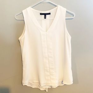 White House black market white blouse 00P